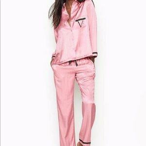 Victoria's Secret Sexy Satin Pajamas Signature NWT